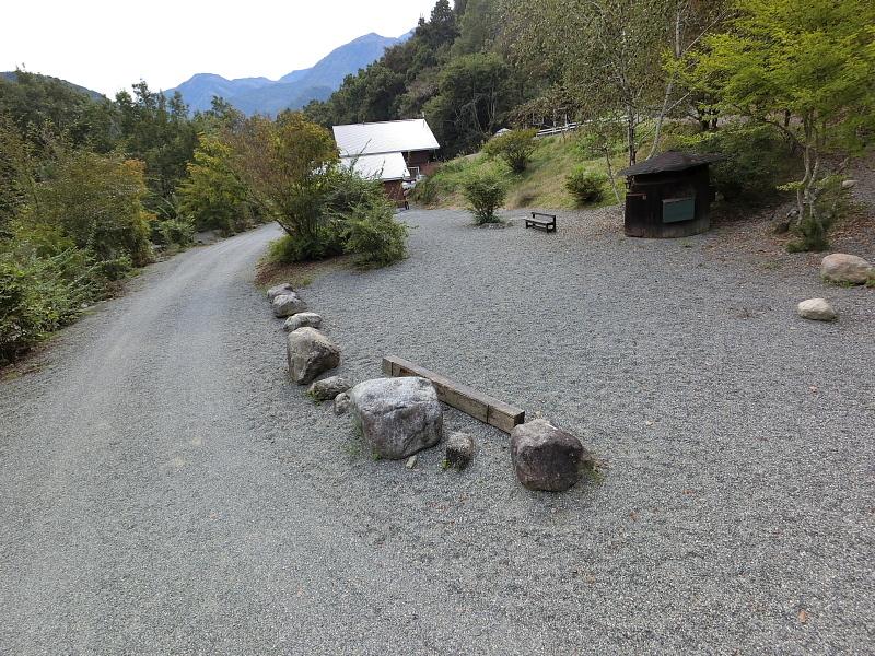 【キャンプ場施設レポート】Foresters Village Kobitto(フォレスターズビレッジ・コビット 南アルプス)②_b0008655_12120948.jpg