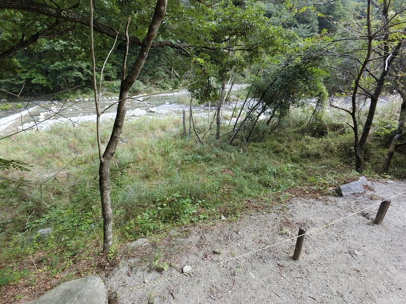 【キャンプ場施設レポート】Foresters Village Kobitto(フォレスターズビレッジ・コビット 南アルプス)②_b0008655_12191120.jpg