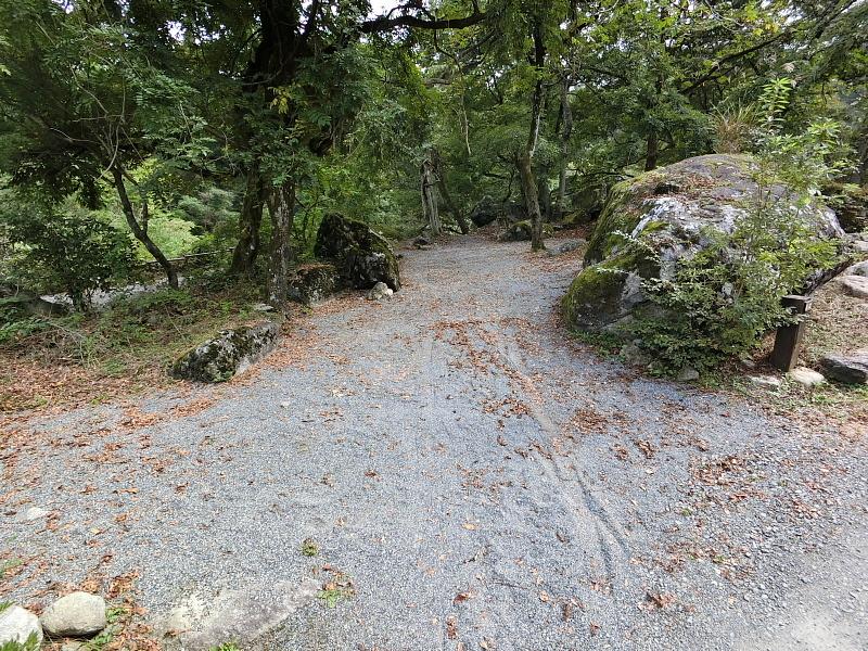 【キャンプ場施設レポート】Foresters Village Kobitto(フォレスターズビレッジ・コビット 南アルプス)②_b0008655_12214167.jpg