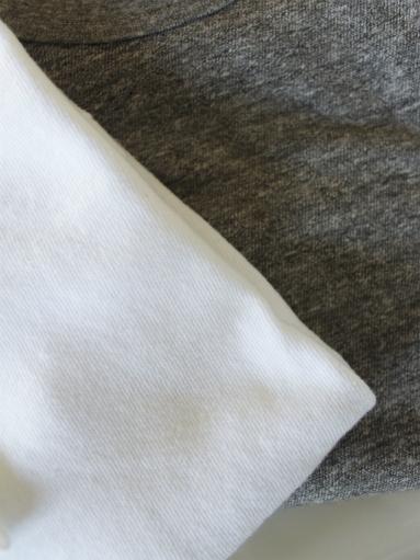 n100 エヌワンハンドレッド 柔らかい質感のクルーネックTシャツ_b0139281_1749990.jpg