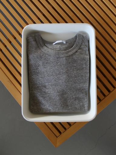 n100 エヌワンハンドレッド 柔らかい質感のクルーネックTシャツ_b0139281_17511159.jpg