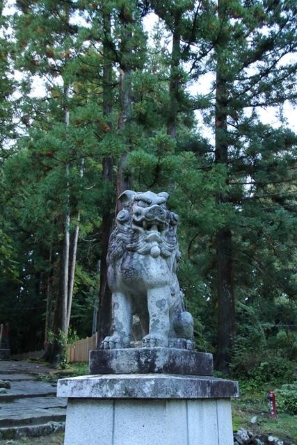 JALで行く青森の旅@深い信仰を受ける岩木山神社を訪ねて・・・神秘的姿を見せた岩木山_d0181492_07434318.jpg