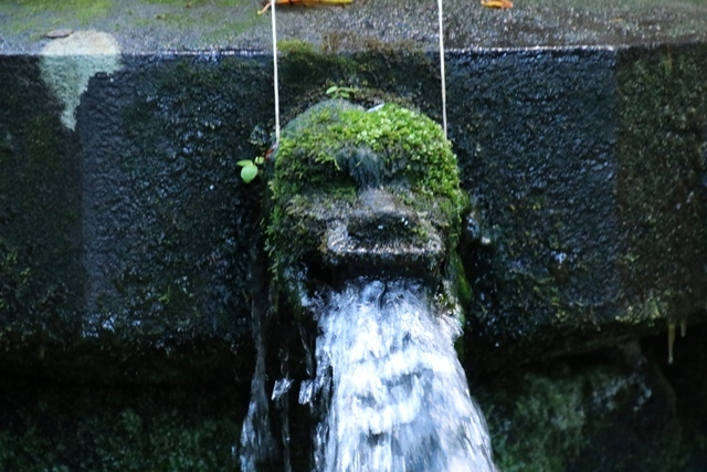 JALで行く青森の旅@深い信仰を受ける岩木山神社を訪ねて・・・神秘的姿を見せた岩木山_d0181492_07445852.jpg