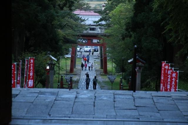 JALで行く青森の旅@深い信仰を受ける岩木山神社を訪ねて・・・神秘的姿を見せた岩木山_d0181492_07461223.jpg