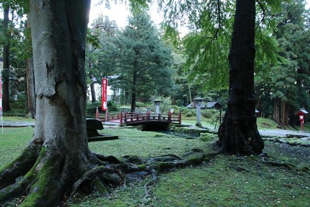 JALで行く青森の旅@深い信仰を受ける岩木山神社を訪ねて・・・神秘的姿を見せた岩木山_d0181492_07501522.jpg
