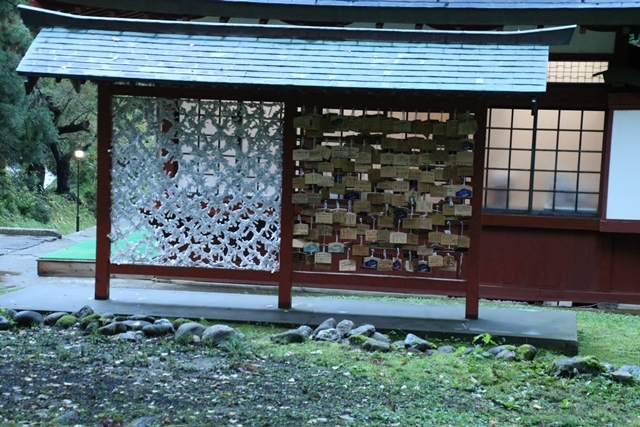 JALで行く青森の旅@深い信仰を受ける岩木山神社を訪ねて・・・神秘的姿を見せた岩木山_d0181492_07503154.jpg