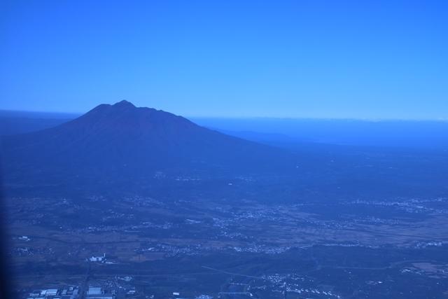 JALで行く青森の旅@深い信仰を受ける岩木山神社を訪ねて・・・神秘的姿を見せた岩木山_d0181492_07541283.jpg