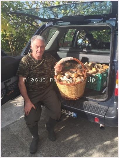 2015年イタリア食旅行記⑤  カラブリアのポルチーニ大豊作_b0107003_16311261.jpg