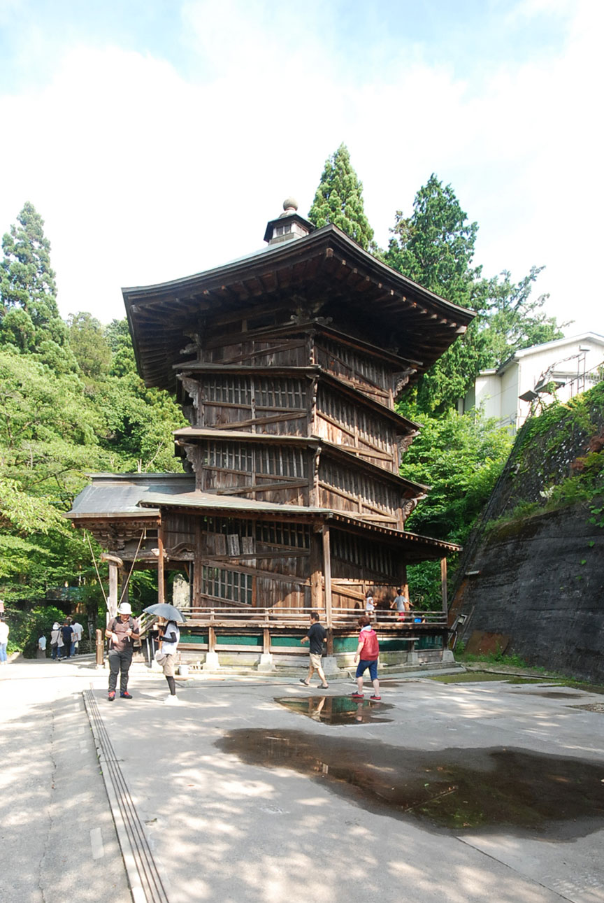 会津の建築:さざえ堂_c0195909_10594190.jpg