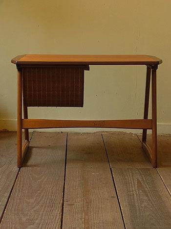 sewing table_c0139773_18033124.jpg