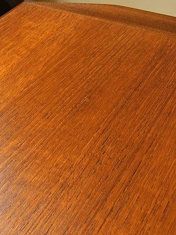 sewing table_c0139773_18040079.jpg