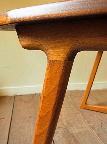 sewing table_c0139773_18060922.jpg