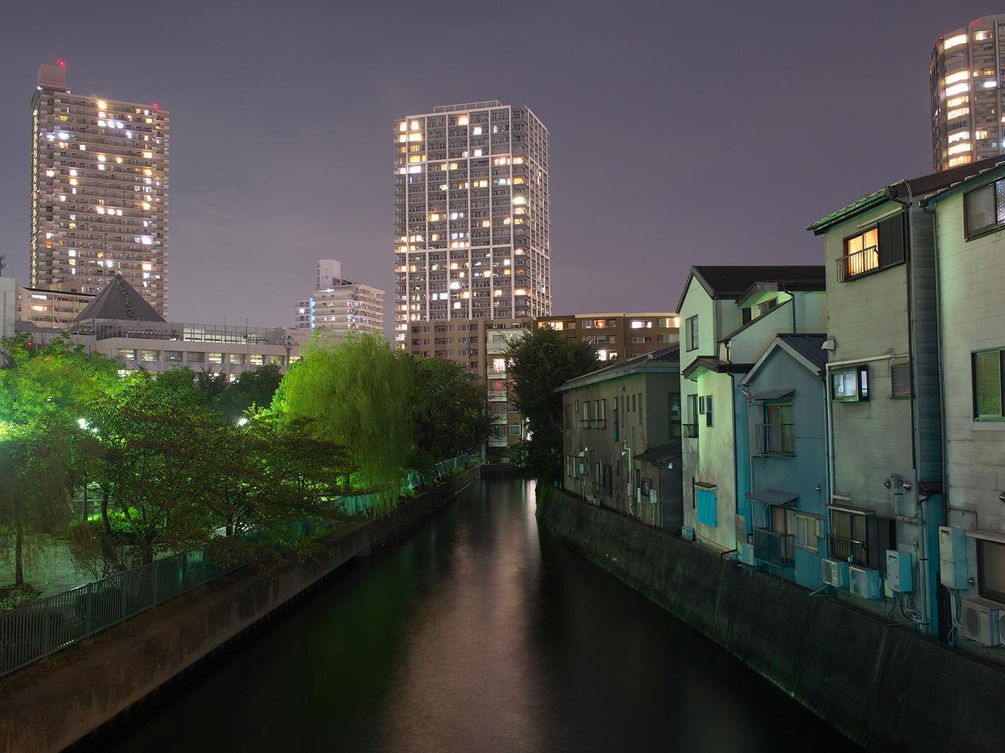 水路の夜_f0121181_027798.jpg