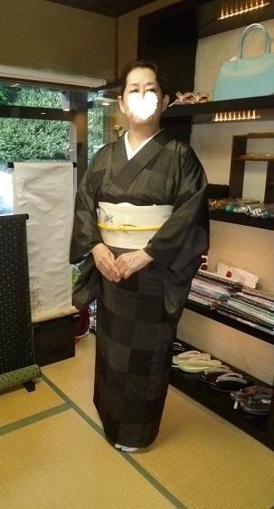 単衣の塩沢に兎の帯・江戸小紋に織楽浅野の帯のお客様。_f0181251_1917298.jpg