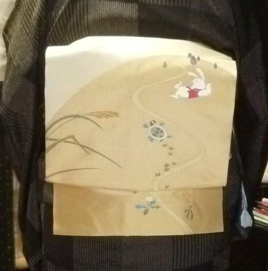 単衣の塩沢に兎の帯・江戸小紋に織楽浅野の帯のお客様。_f0181251_1924780.jpg