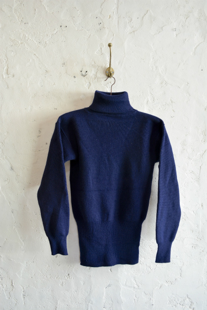 Italian navy turtle neck knit  dolce vita_f0226051_15552881.jpg