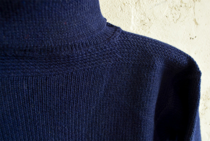 Italian navy turtle neck knit  dolce vita_f0226051_15575638.jpg