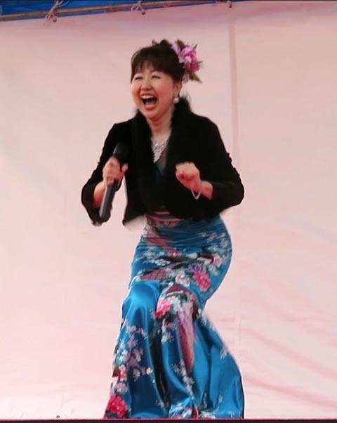 22日の川辺堀之内祭りと旧古河庭園・平塚亭と北とぴあと、日本のサーモン_e0133780_00333971.jpg