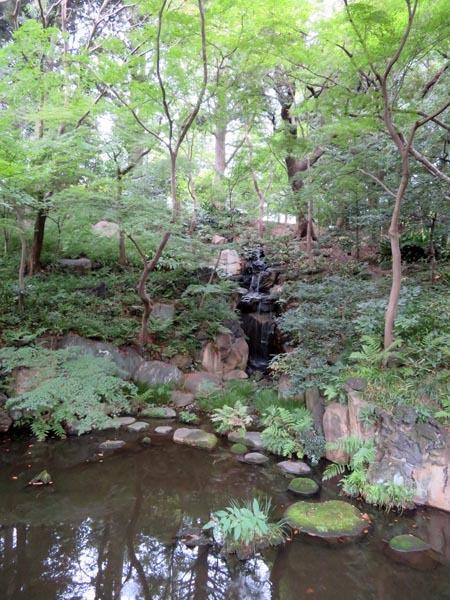 22日の川辺堀之内祭りと旧古河庭園・平塚亭と北とぴあと、日本のサーモン_e0133780_01173860.jpg