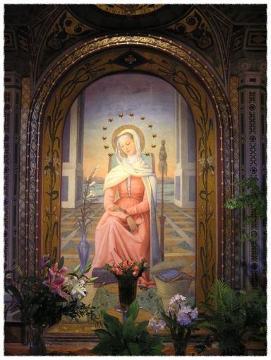 感ずべき聖母 † マーテル・アドミラビリス_c0203401_13033316.jpg
