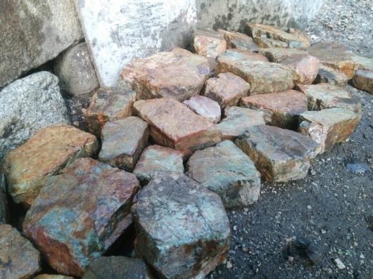 自然石の選別_f0183722_16275035.jpg