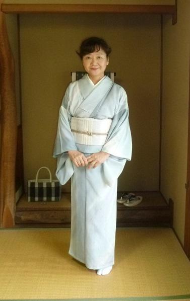 野田淳子さんコンサート・秋草の着物と帯・営業のお知らせ。_f0181251_15465963.jpg