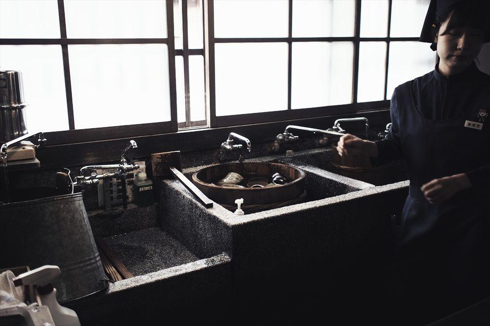 【旅日記】伊勢の「赤福本店」で、赤福餅の本質に出会う _b0008655_17213293.jpg