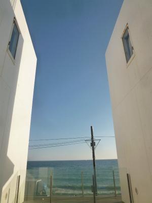 KAMAKURAその4  七里ガ浜 青空と海とBEERと♪_a0165160_15283547.jpg