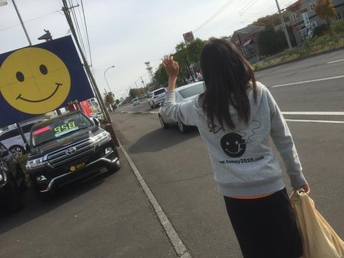 10月28日 金曜日の本店はみんなブログ(*^ ^*) タイヤ交換・組み換えはTOMMYへ♫_b0127002_1853593.jpg