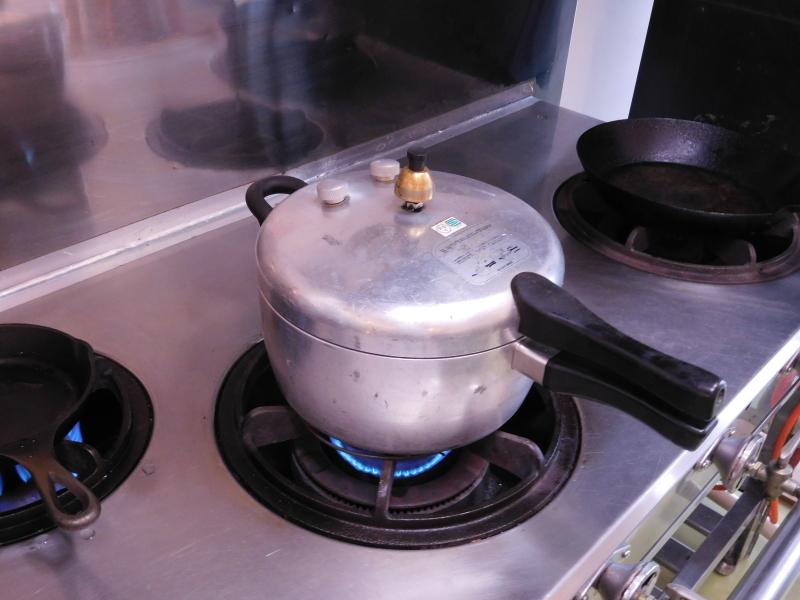 特注の銅鍋で作る「ぜんざい」作り_a0125419_18550130.jpg