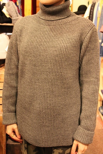 "フランス生まれの ""Vincent et Mireille\"" KNIT ITEM ご紹介_f0191324_09300206.jpg"