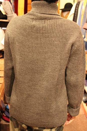 "フランス生まれの ""Vincent et Mireille\"" KNIT ITEM ご紹介_f0191324_09302567.jpg"