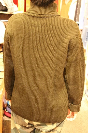 "フランス生まれの ""Vincent et Mireille\"" KNIT ITEM ご紹介_f0191324_10133668.jpg"
