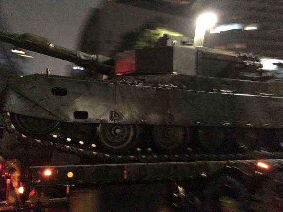 自衛隊の戦車_d0339676_23162335.jpg