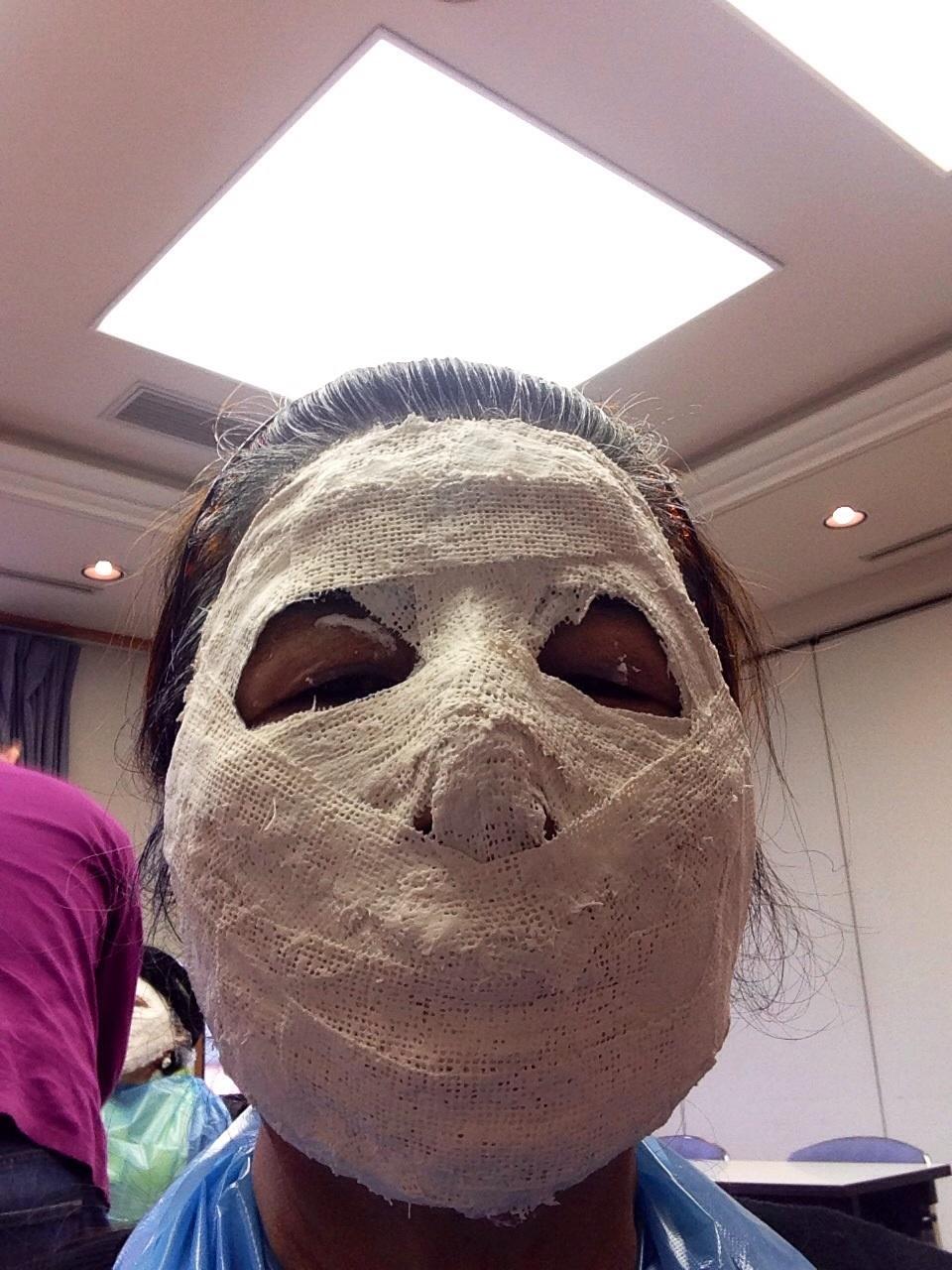 自分の顔形からつくるてアートマスク_c0100195_18543688.jpg