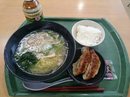 今日の昼食@会社Vol.830_b0042308_12250596.jpg
