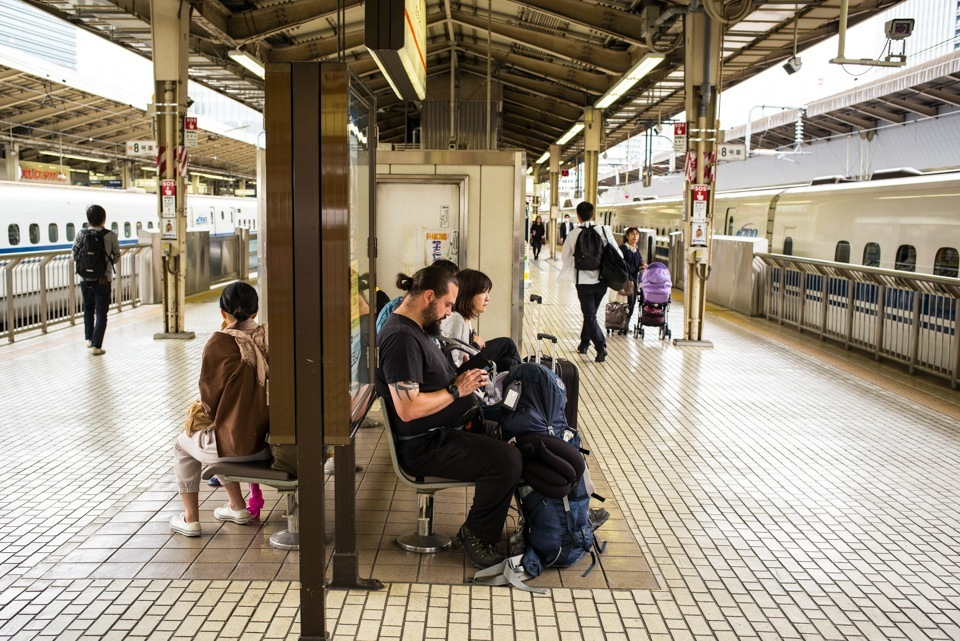 Station  ・・・待ち合い・・・_f0333031_06271548.jpg