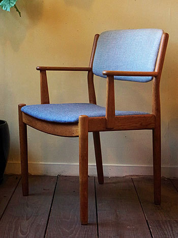 arm chair (Poul M.Volther)_c0139773_16263720.jpg