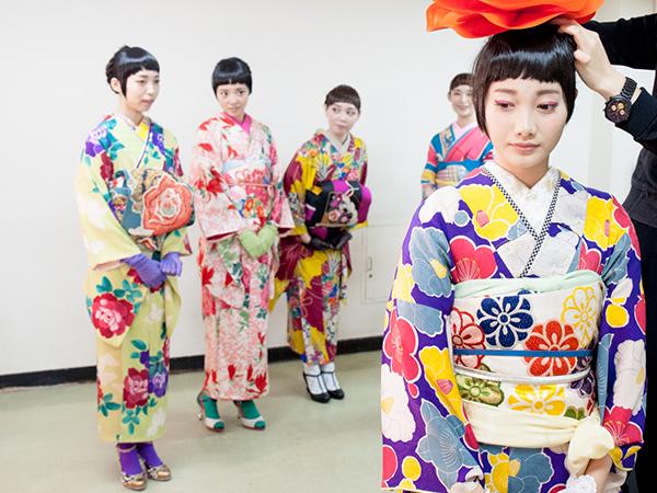KIMONO日和から着物ショットいっぱいのフォトが届きました!_b0098077_20511478.jpg
