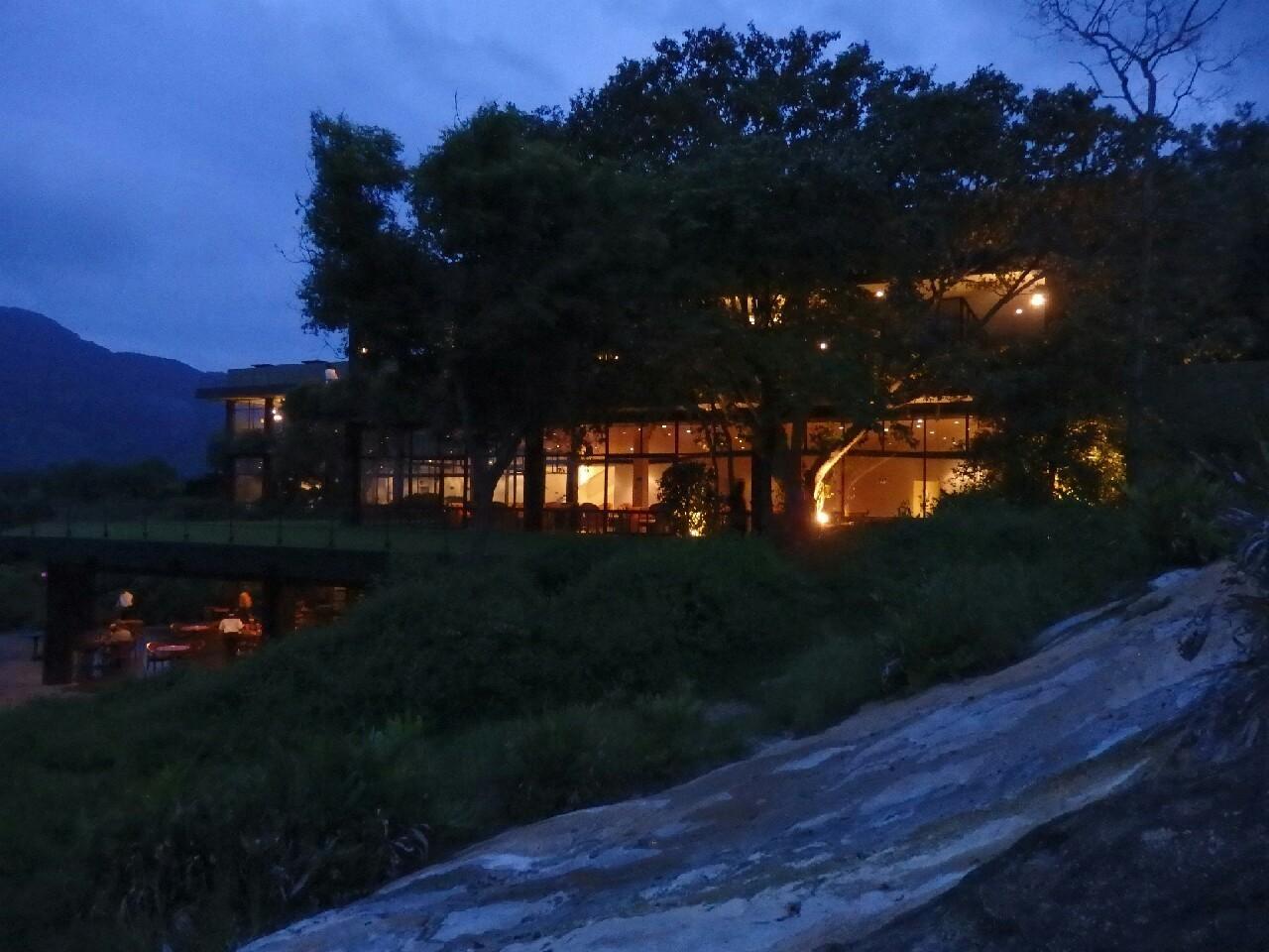 カンダラマホテル_c0173405_21503865.jpg