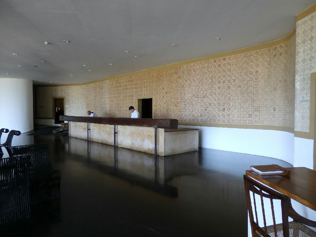 カンダラマホテル_c0173405_22343095.jpg