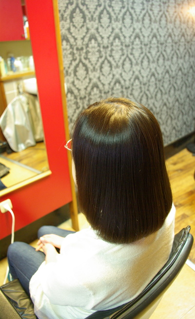 安定のツヤ髪、スピエラ矯正&毛先デジ_d0185620_16421995.jpg
