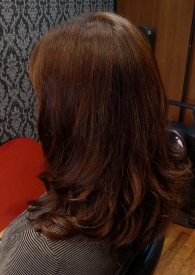 安定のツヤ髪、スピエラ矯正&毛先デジ_d0185620_1644116.jpg