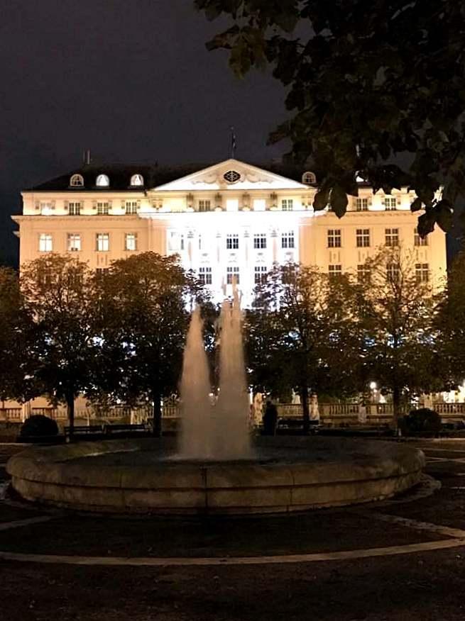 首都ザグレブへ。_a0231828_00592589.jpg
