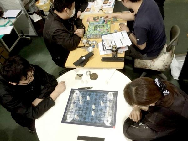 ワークショップでゲーム_a0272042_16341438.jpg