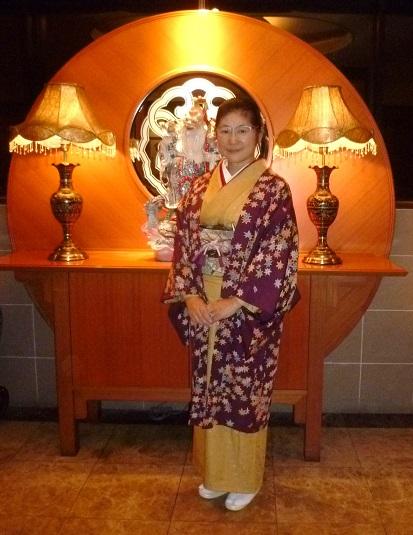 中華でご一緒した青森のお客様の着物姿・サローネへ。_f0181251_10213947.jpg