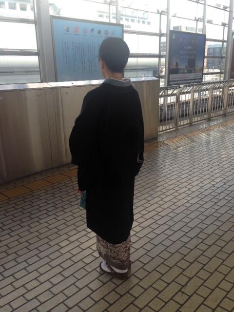 中華でご一緒した青森のお客様の着物姿・サローネへ。_f0181251_10232095.jpg