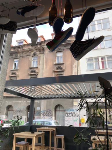 ザグレブのカフェ_a0231828_22555204.jpg