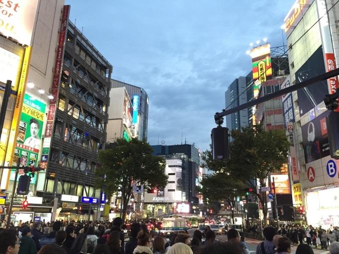 渋谷ハチ公前交差点_a0103940_21243504.jpg
