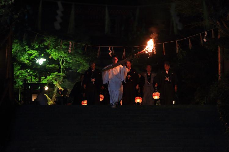 鞍馬の火祭_e0051888_3185753.jpg